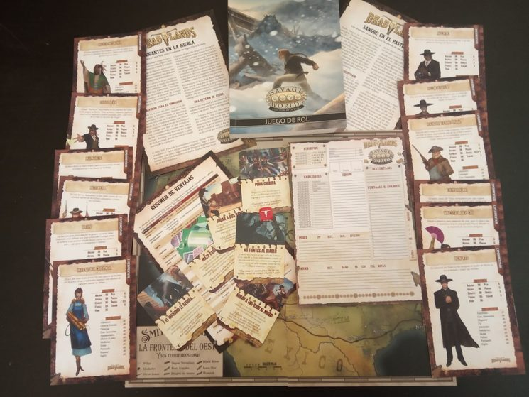 Extras de Deadlands junto a libro básico de Savage Worlds