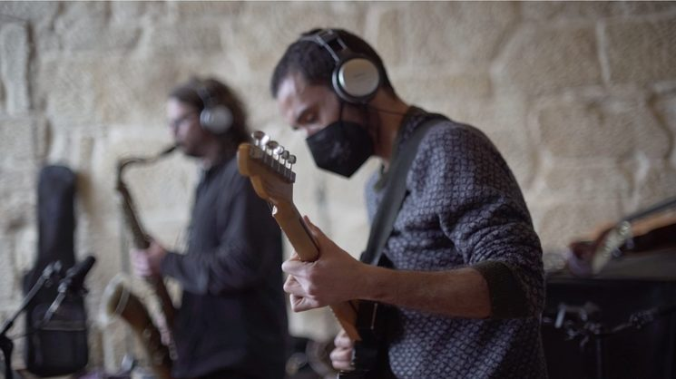 Sesión de grabación en estudios Ancestral