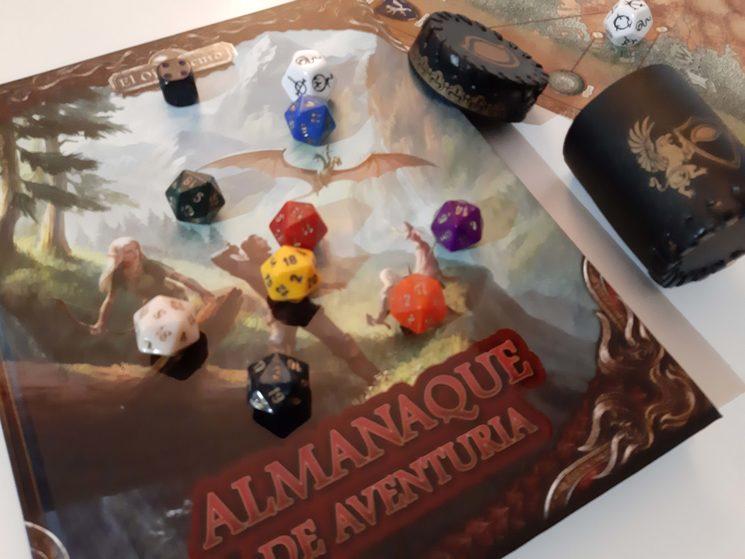 Estamos enviando el Almanaque de Aventuria junto con el resto de recompensas