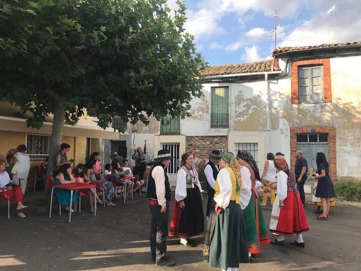 Jornada de bailes tradicionales