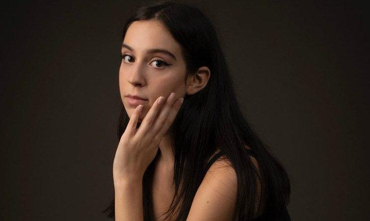 Andrea Coyette es La chica