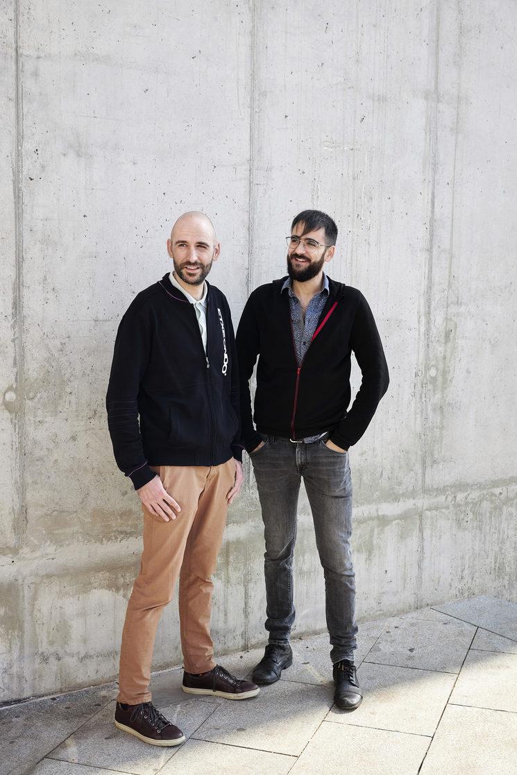 Jonás y Adrià Sala, fotografiados para Forbes en Barcelona.
