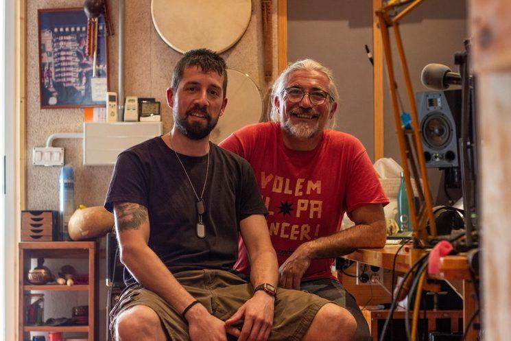 Kike Pellicer (derecha) y un servidor en una sesión de estudio.