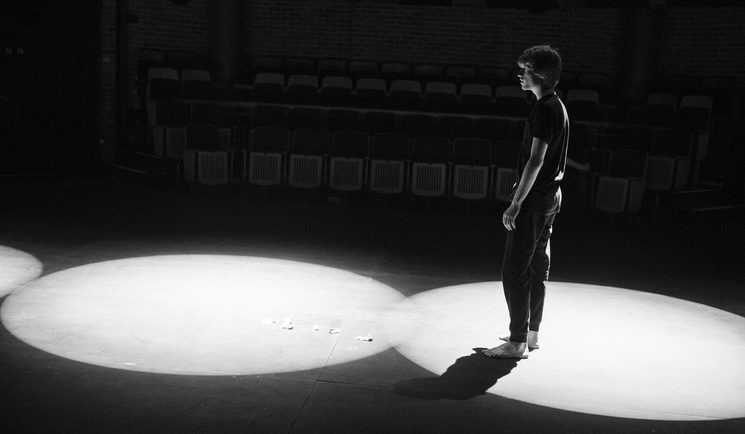 Awake (2016, The Rose - The Rose Bruford College of Theatre and Performance; 2018, Théatre de Ménilmontant, París)