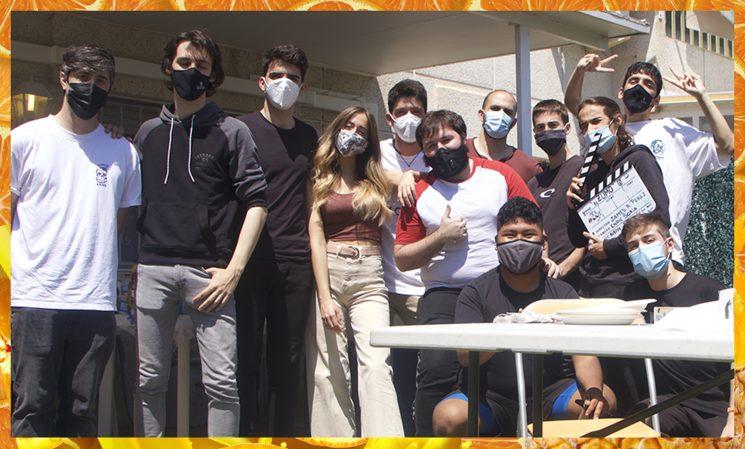 Fotografía final de rodaje con el Cast & el Crew de El Zumo