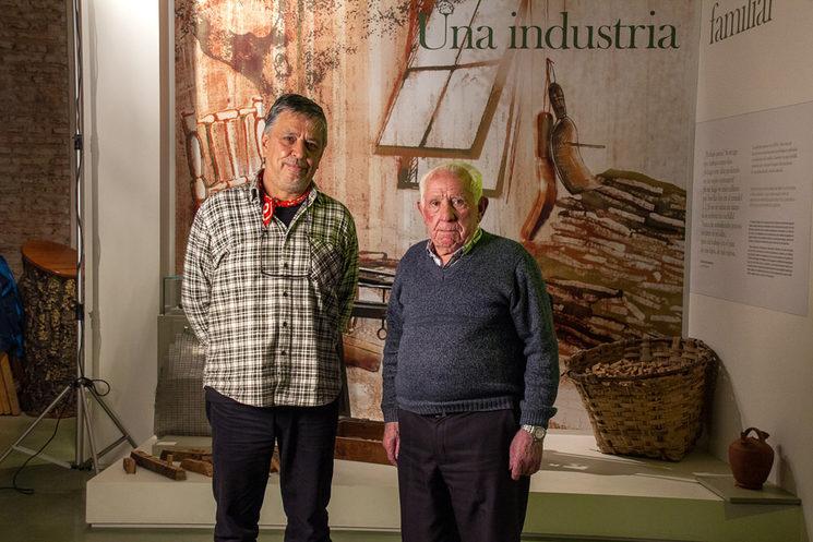 Entrevistado Eusebio Casado González, en el Museo del Corcho de San Vicente de Alcántara