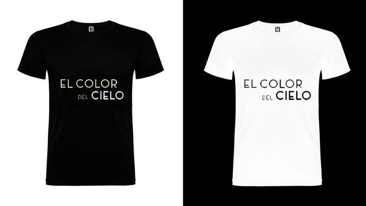 Camisetas en diseño negro y blanco