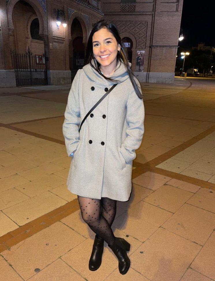 Elisa Olivar, Productora