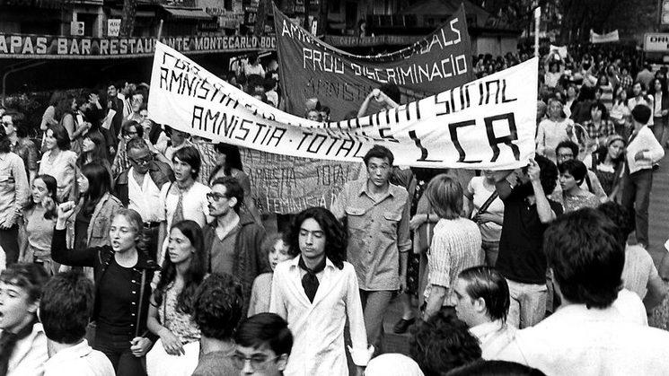 Primera manifestació LGTBI a l