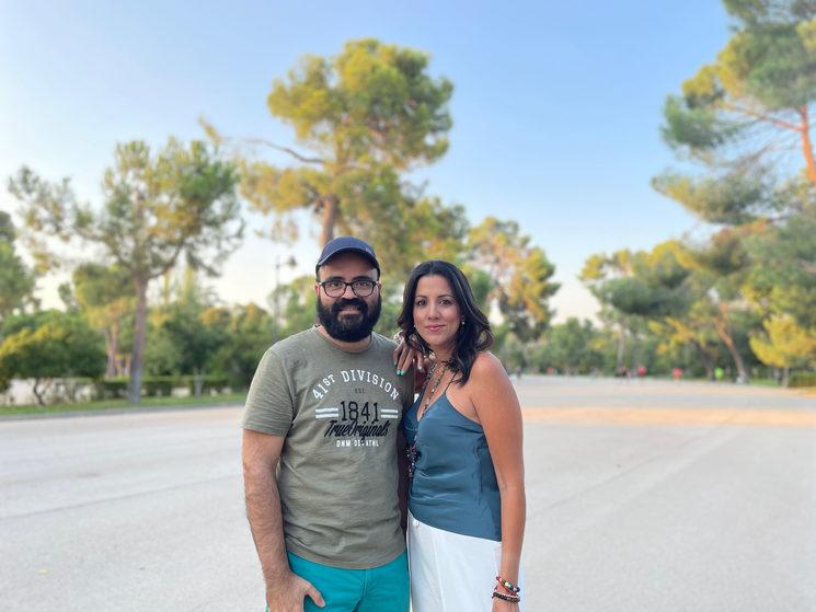 Alonso y Adriana, protagonista de la Web Serie.